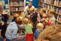 paul_stickland-library_visit-sm_i